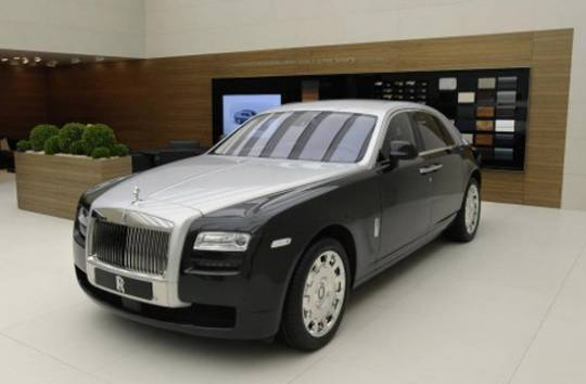 2-Tone Rolls Royce Ghost for Geneva Auto Show 2012