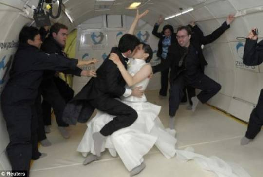 zero gravity wedding 3