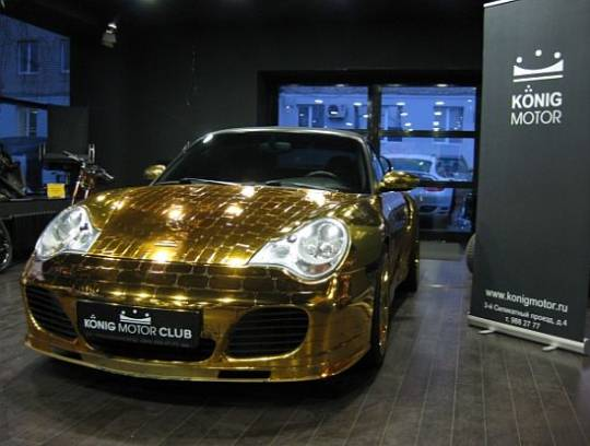 Porsche 996 Turbo cabriolet gold plated edition