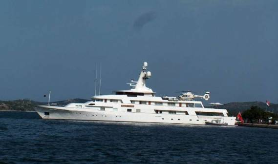 White Cloud yacht