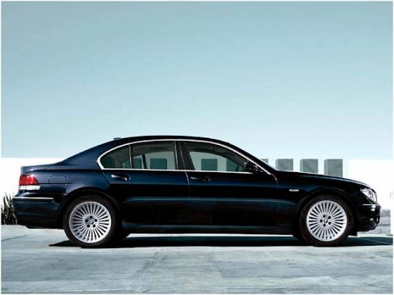 BMW 7 series is for opulent class