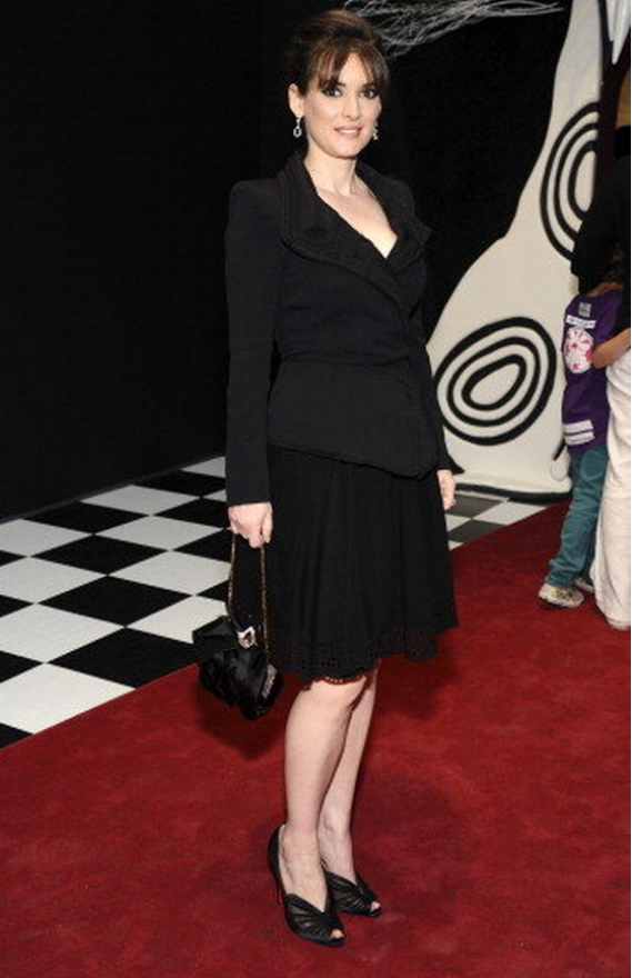 The artist was snapped donning her Zac Posen chic Jacket and skirt at a high profile event.