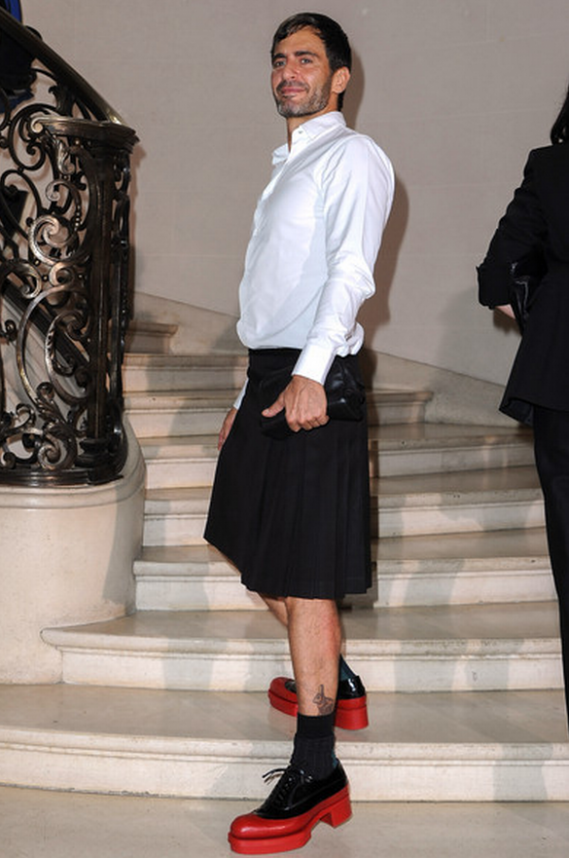 Jacobs was snapped wearing the high-end Prada shoes at a prestigious event.