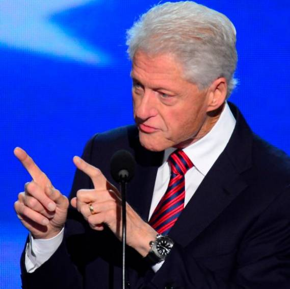 Bill Clinton wears Jaeger Lecoultre Diving Alarm Navy Seals watch