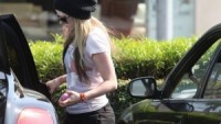 Avril drives Bentley