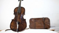 Violin played as Titanic went down sells for $1.45M
