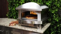 Kalamazoo Artisan Fire Pizza Oven for your authentic barbecue experience
