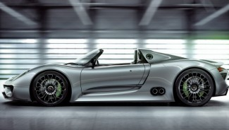 New Porsche 918 Spyder Hybrid Super Car