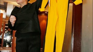 Bruce Lee's yellow jumpsuit goes under the hammer