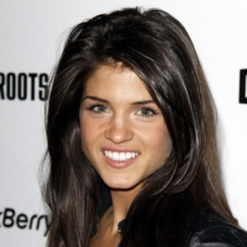 Marie avgeropoulos net worth biography quotes wiki assets cars homes and more - Isabelle marie journaliste tf1 age ...