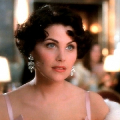 Sherilyn Fenn Net Worth - biography, quotes, wiki, assets, cars, homes ...