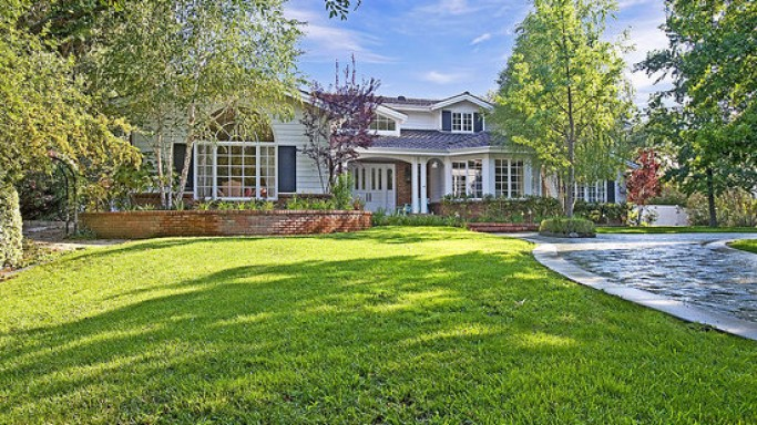Denise Richards owns a luxury home in the gated community of Hollywood Hills.