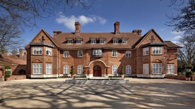 "Britain's most expensive home ""Heath Hall"" in Billionaires Row listed at $158 Million"