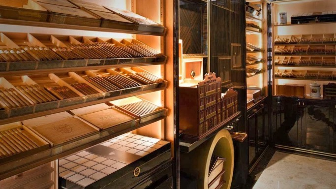 List of the Top 10 Most Expensive Cigars