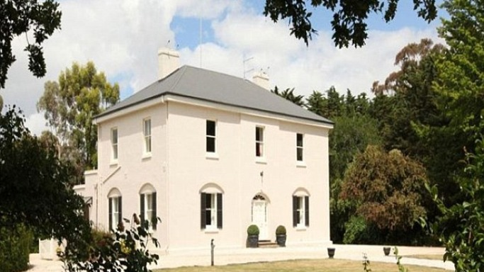 Tasmania mansion