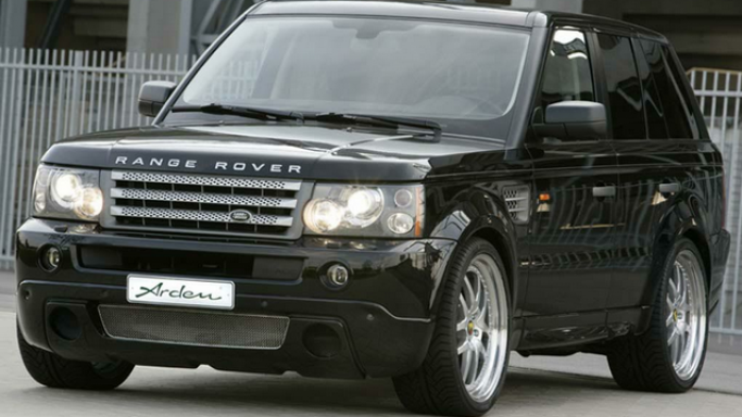 Range Rover car - Color: Black  // Description: amazing