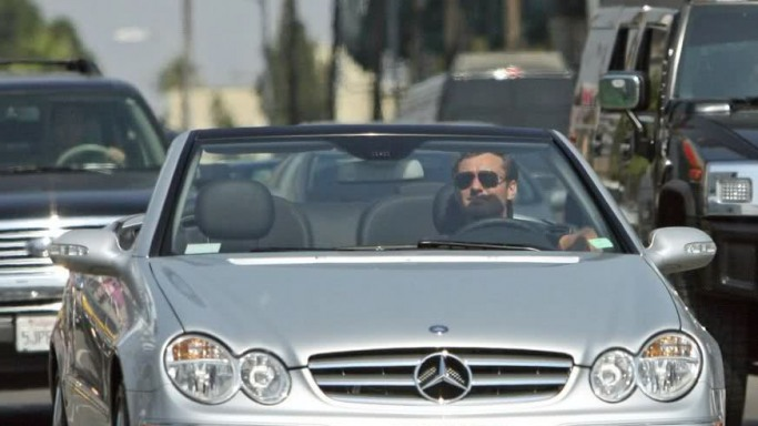 Jude Law drives Mercedes CLK