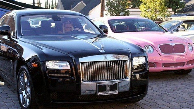 Paris Hilton drives Rolls-Royce Ghost
