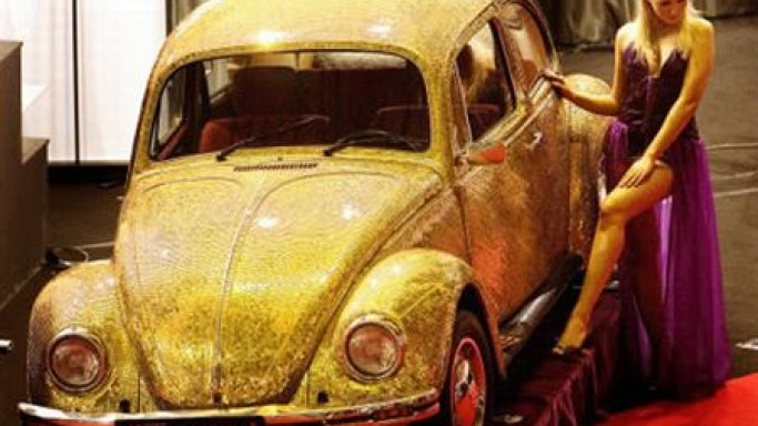 Gold encrusted Volkswagen Beetle geared up to come your way!